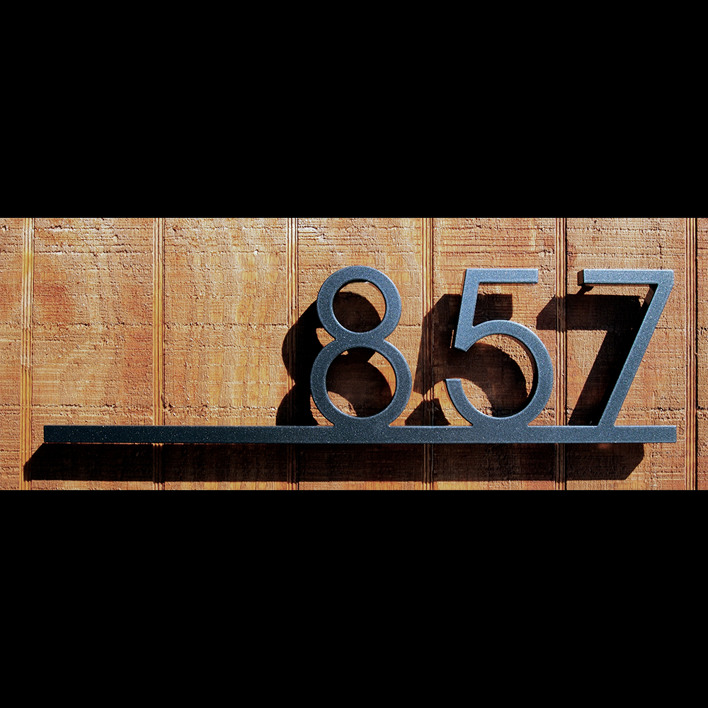 Custom minimalist underline house number sign in aluminum